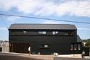 茨木市傾斜地に建つ家