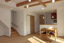 角地に建つシンプルモダンの家