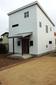 白いガルバの家